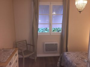 bedroom room le Bruant